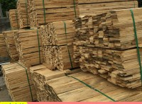 托盘打包料 包装箱木料 辐射松木条批发