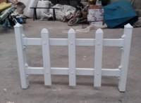 四川雅安PVC花坛护栏不会开裂,不会脱皮,不会虫蛀