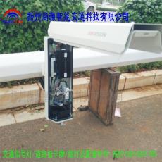 云南弥勒交通信号灯电子警察杆八角杆监控工程安装调试抓拍相机