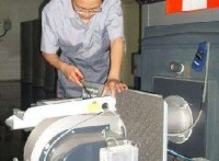郑州万家乐壁挂炉不供暖维修售后24小时服务