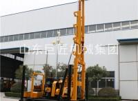 广东液压履带水井钻机 华夏巨匠自行走水井钻机200米打井钻车