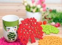 供应毛毡杯垫 隔热餐垫 创意毛毡工艺品礼品 创意镂空毛毡杯垫