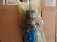矿井无轨电车专用发动机KTA38喷油嘴喷油器4912080