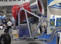 造雪强劲出雪量大 国产小型造雪机造雪条件