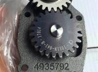 東風天龍天錦配件6BT5.9發動機機油泵C4935792