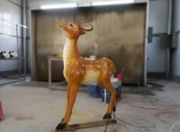 荊門掇刀區景觀園林樹脂工藝品戶外草地玻璃鋼仿真鹿雕塑小品擺件