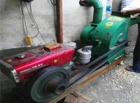 玉米芯粉碎机、树枝树枝叶粉碎机、移动500型粉碎机