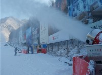 国产大型炮式造雪机出雪更流畅 人工补雪专业设备