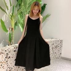 气质V领修身显瘦过膝长款露背连衣裙 夏季新款性感黑色吊带连衣裙