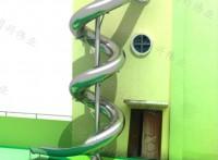 农场木制树屋滑梯儿童组合滑梯秋千幼儿园逃生螺旋滑梯厂家定制