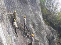 主动防护网施工-被动防护网施工-边坡防护网安装队找我