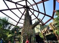 香港海洋公园仿木景观?