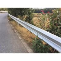 广西波形护栏厂家公路防撞护栏板生产销售安装一条龙服务