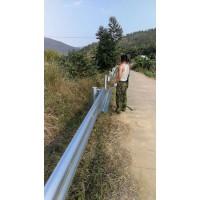 广西南宁防撞护栏公路护栏波形护栏波形梁护栏板安装