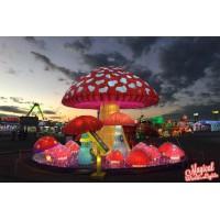 自贡花灯厂家用他们的汗水汇聚成今天的花灯艺术作品