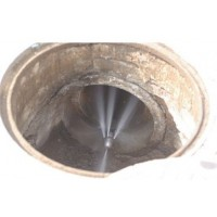 上海松江区工业园污水管道疏通现场50473372